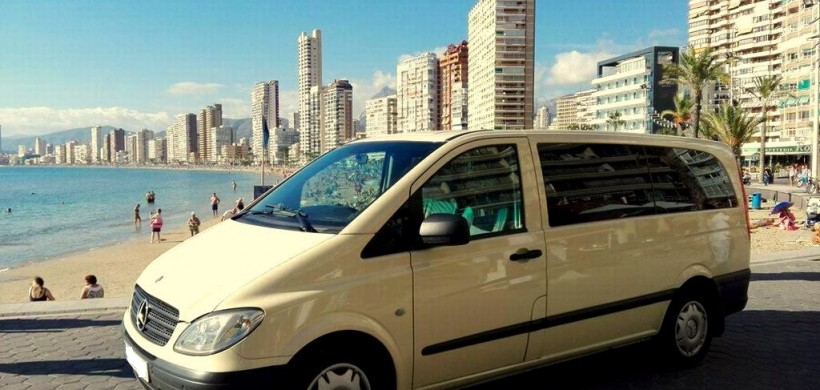 Alicante taxi car seat Free, No Extra Cost